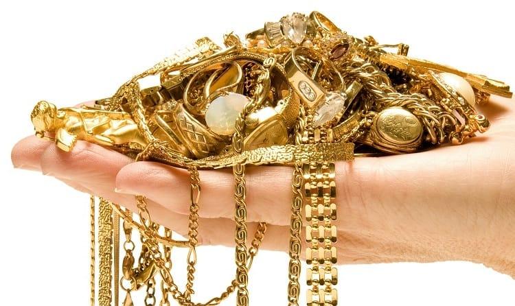Преимущества продажи золота в наше время