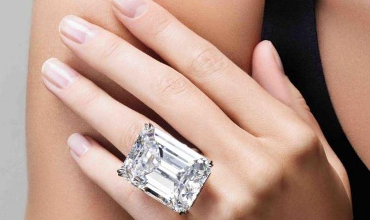 Как происходит продажа бриллиантов в СПб?
