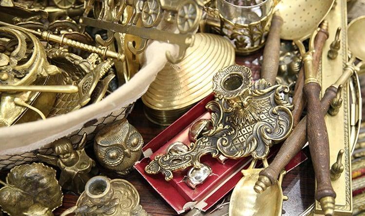 Антиквариат — ценные изделия, созданные мастерами былых эпох